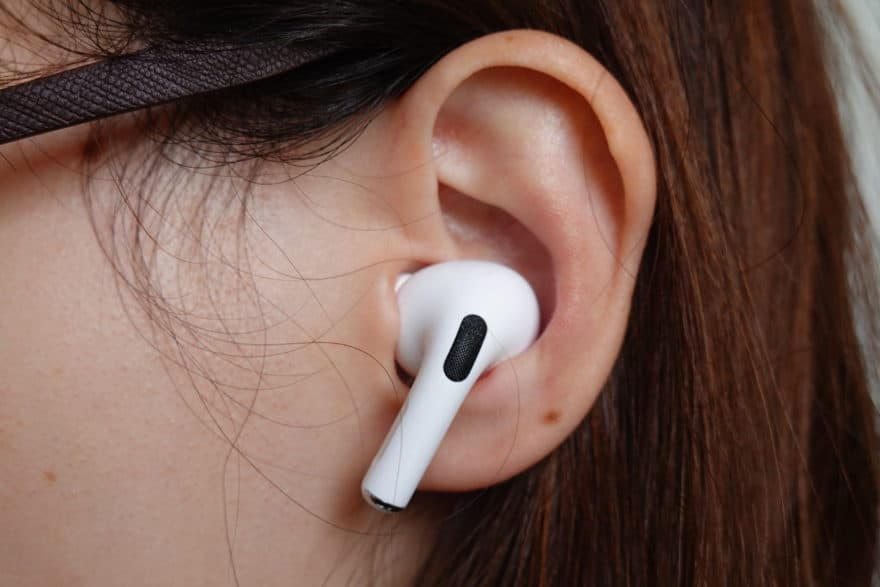 AirPods Proを装着