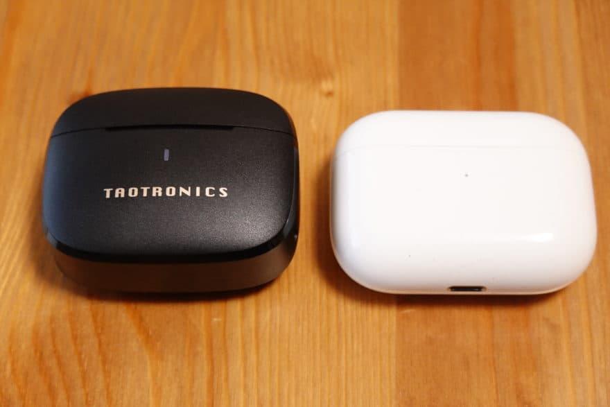 SoundLiberty 97とAirPods Proと充電ケースの大きさを比較