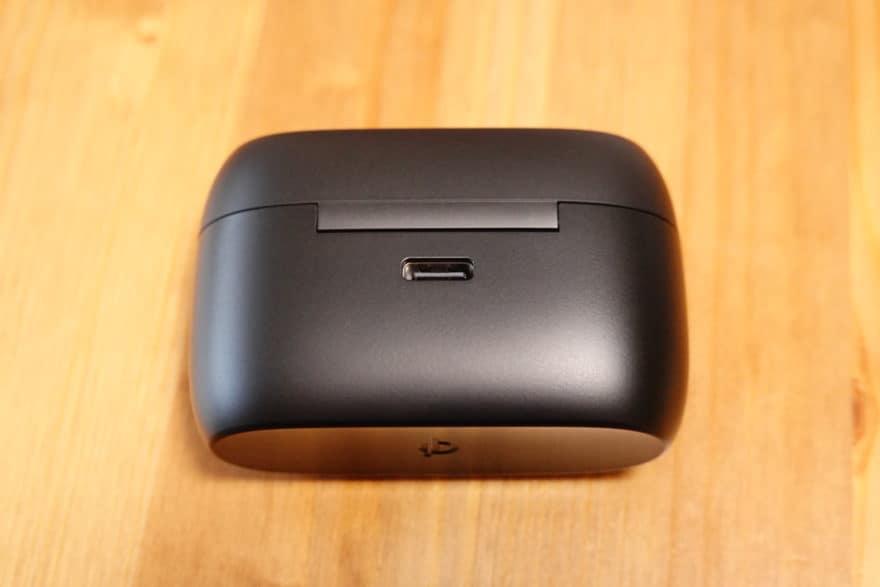 Jabra Elite 85t USB-C端子