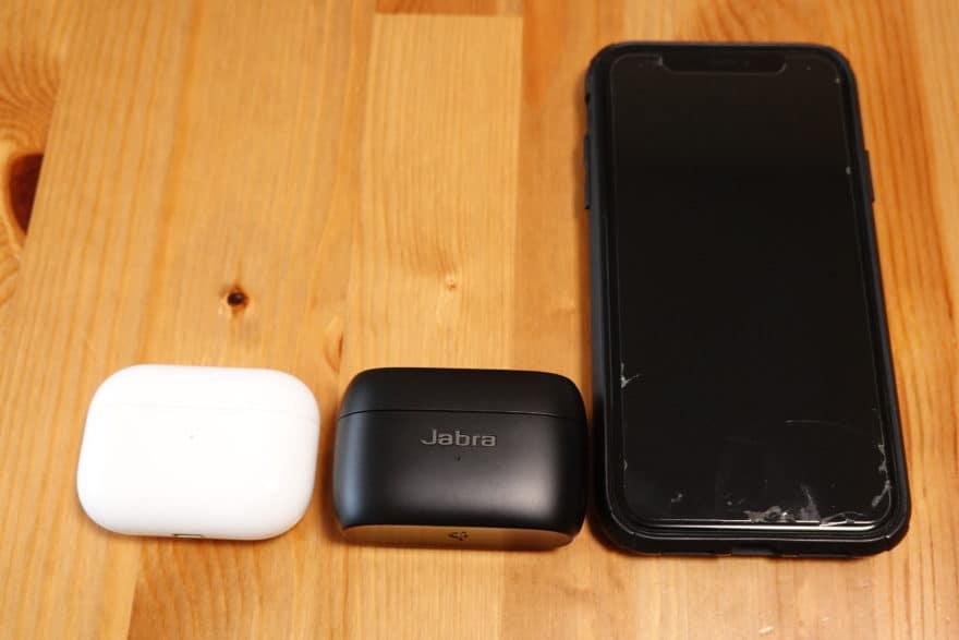 Jabra Elite 85t、AirPods Pro iPhoneXRと大きさ比較