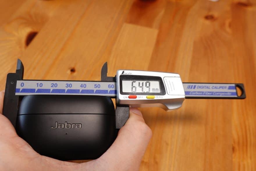 Jabra Elite 85t 横幅64.9mm