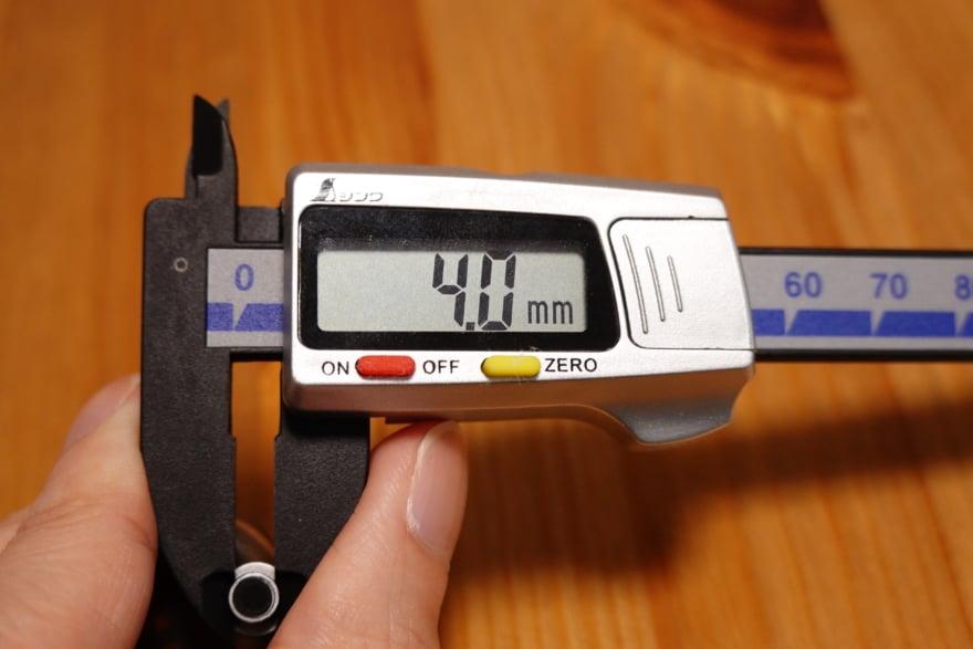 くびれ部は4.0mm
