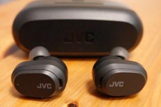 【JVC HA-A50T レビュー】1万円以下でノイキャンも外音取り込みも搭載!
