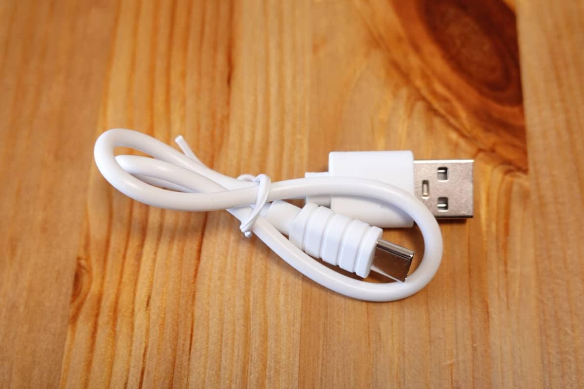 Wireless Earphones Light Style 2 (CHE-632) USBケーブル