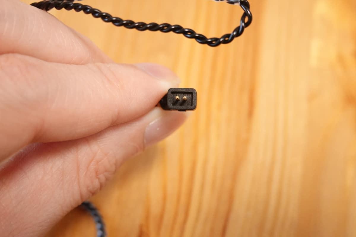 KBEAR KS1 のコネクタは0.78mm