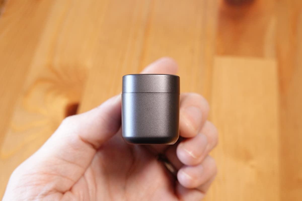 EarFun Free Proの充電ケースの厚み
