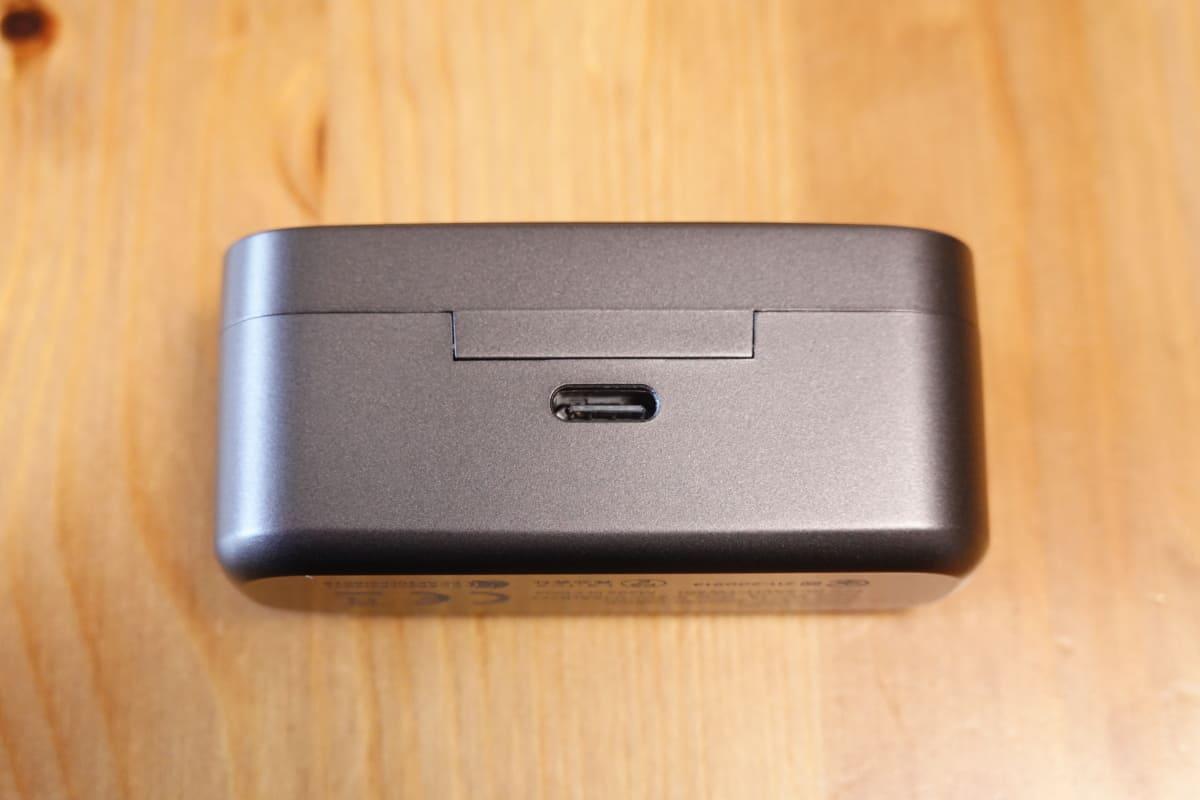 EarFun Free Proの充電端子はUSB-C