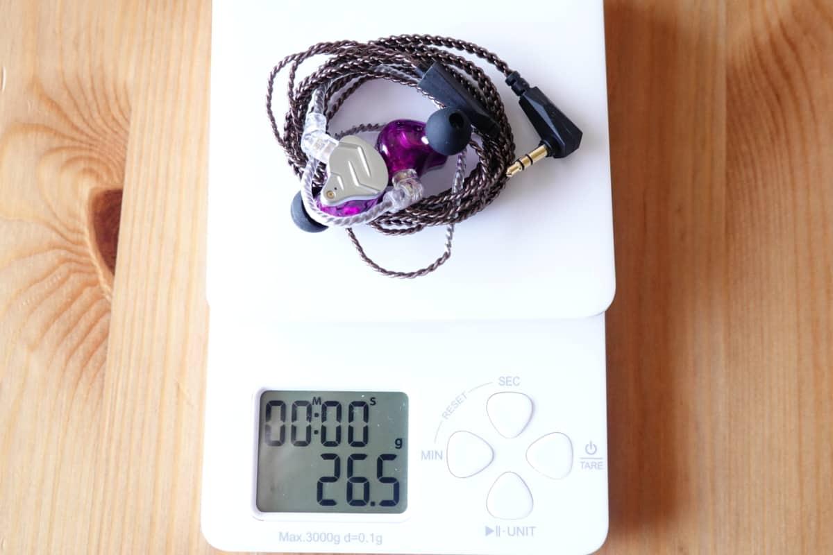KZ ZSN Proの総重量は26.5g