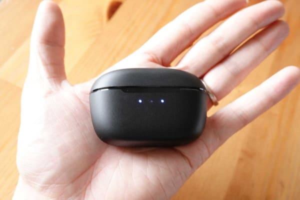 SOUNDPEATS T2 充電ケース