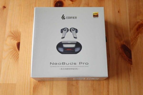 EDIFIER NeoBuds Pro 外箱